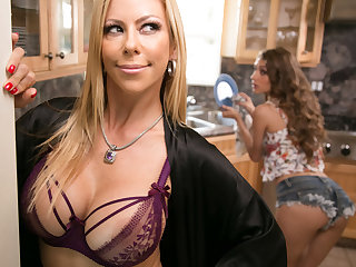 Mommy's good girl! - Rebel Lynn with an increment of Alexis Fawx