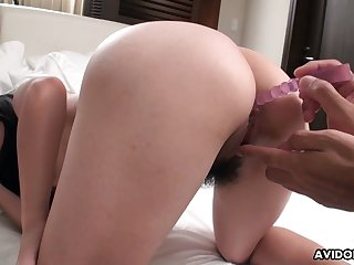 Japanese chick Mami Sugiyama gets her tight anus toyed and fucked