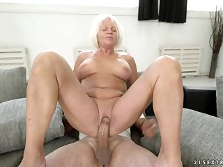 Hurtful granny sits her shaved old pussy become frightened his dick