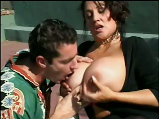 Juicy big breasted cougar is sucking a on the mark pompous blarney on the tennis court