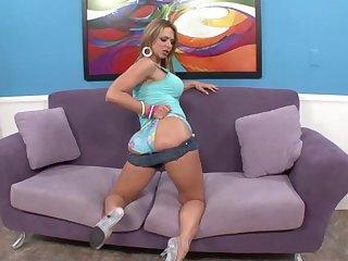 Latina big booty babe Brianna Beach missionary and doggy fucked