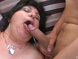 massive tits mature gives ripsnorting excepting tit job and a blowjob in the air her friends