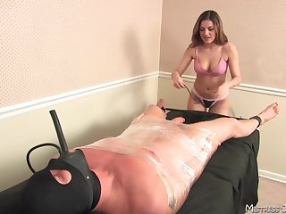 chubby games and kinky poses give memorable sex experience with Mistress Lydia