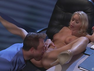 Katie Morgan wants to fuck with her friend in the dark assignment