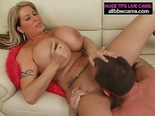 Boobalicious Caucasian mommy showcases off the brush body in super-hot pornography pinch