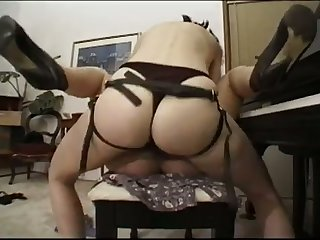 Sweet blonde with regard to a delicious ass gets fucked by a nice strap atop dildo