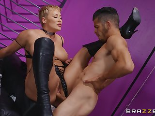 Milf loads her adult cunt nearby a young penis
