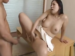 Sexy grown-up gives a nice facesitting and blowjob onwards fucking
