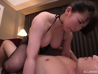 Amateur Japanese go steady with gets fucked thither cowgirl position