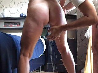 Italian milf squirting