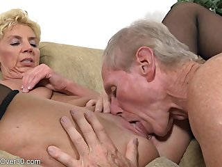 Older Prop Humping - GILF and the brush hubby in homemade porn blear with cumshot