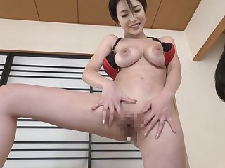 New Jav : Wife Seduces Neighbor